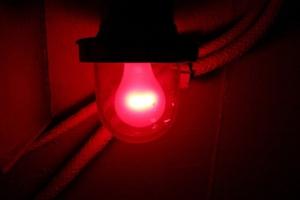 Προτιμότερο το κόκκινο φως για την ψυχική υγεία