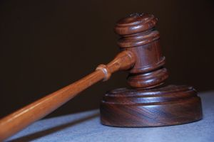 Ισόβια σε τρεις εφοριακούς για παράνομες επιστροφές ΦΠΑ