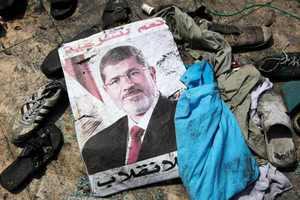 Καταδικάστηκαν σε θάνατο 529 υποστηρικτές του Μόρσι!