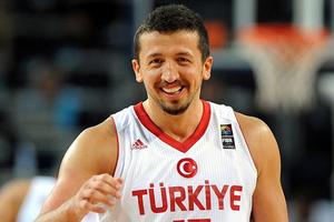 Λεφτά με ουρά για Τούρκογλου