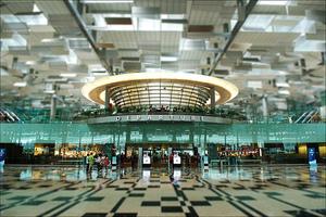 Μεγαλώνει το αεροδρόμιο της Σιγκαπούρης