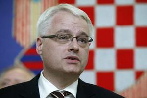 Καταδικάζει ο Γιοσίποβιτς την κατάρριψη του Μπόινγκ