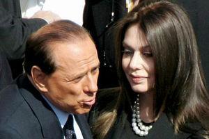 Η πρώην του Μπερλουσκόνι προσφεύγει στο Ανώτερο Δικαστήριο για τη διατροφή