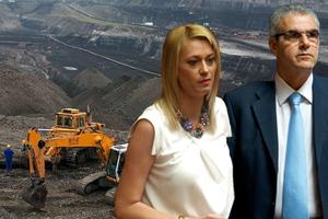 Πολιτικές φωτιές ανάβει η απευθείας ανάθεση των 3 δισ. ευρώ για τη Βεύη