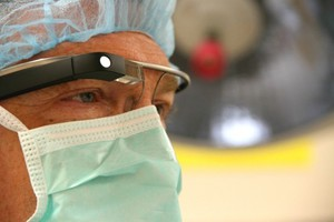 Χειρουργική επέμβαση με τη βοήθεια των Google Glass