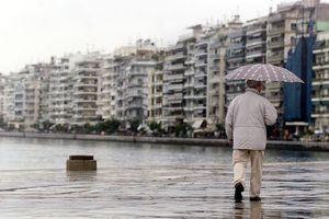 Προβλήματα από τη νεροποντή στη Θεσσαλονίκη