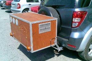 Παράνομη η μεταφορά κυνηγετικών σκύλων σε κλουβιά