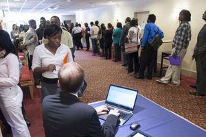 Η ανεργία στις ΗΠΑ υποχώρησε στο 6,1%