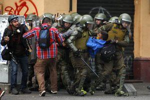 Χιλιάδες Χιλιανοί φοιτητές στους δρόμους