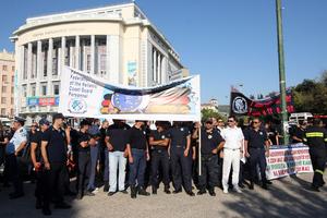 Συλλαλητήριο αστυνομικών, πυροσβεστών και λιμενικών στη Θεσσαλονίκη