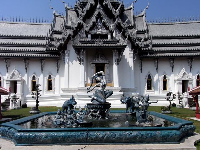 Το παλάτι της Μπανγκόκ που χτίστηκε από τον 8ο βασιλιά της!(photo)