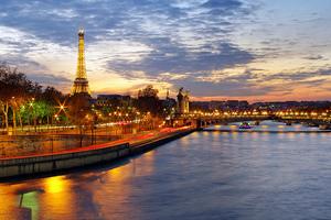 Ένα «like» μπορεί να σας στείλει Παρίσι