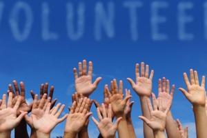 Ο εθελοντισμός αυξάνει τις πιθανότητες να βρείτε δουλειά