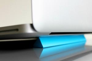 Κρατήστε το laptop σας κρύο και ασφαλές