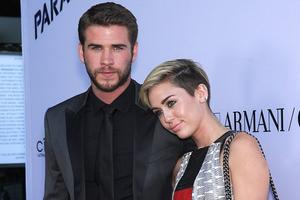 Χώρισαν οριστικά Miley Cyrus και Liam Hemsworth