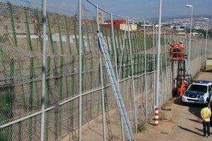 Η Ε.Ε. εκφράζει την ανησυχία της για τις απελάσεις μεταναστών στην Ισπανία