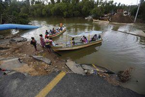 Παράκτιες περιοχές απειλεί ο «Μάνουελ»