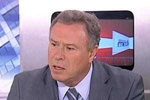 «Δε κάνω τη χάρη στη Ρένα Δούρου να παραιτηθώ από υποψήφιος»