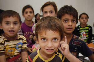 Καλλιτέχνες στο Λίβανο βοηθούν τα παιδιά της Συρίας