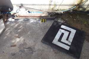 Αντικείμενα της αστυνομίας στα γραφεία της Χρυσής Αυγής στο Αγρίνιο