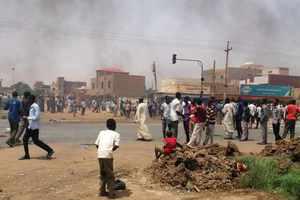 Νεκροί διαδηλωτές από οπλισμένους άνδρες στο Σουδάν