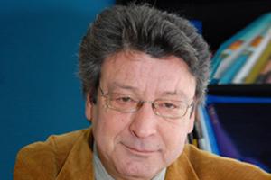 Έφυγε από τη ζωή ο καθηγητής εγκληματολογίας Βασίλης Καρύδης