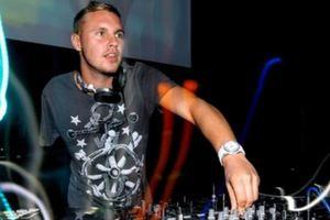 Έχασε το χέρι του και απογείωσε την καριέρα του σαν DJ