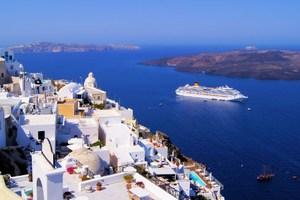 Δυναμικό come back της Ελλάδας στον τουρισμό