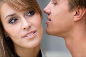 Γιατί είναι πιο μπάσα η φωνή των ανδρών