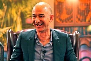 Ο βιολογικός πατέρας του Jeff Bezos αγνοούσε την ύπαρξη του γιου του