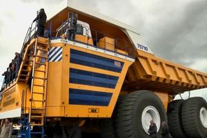 Το μεγαλύτερο ανατρεπόμενο φορτηγό του κόσμου