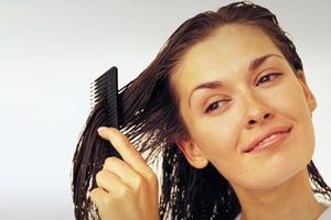 Βάλτε τη μαγιονέζα στα μαλλιά σας