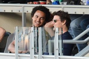 Σε αγώνα μπέιζμπολ με το γιο του ο Tom Cruise