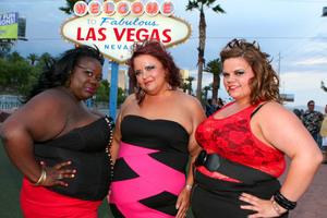 Υπέρβαρες στριπτιζέζ αποβιβάζονται στο Λας Βέγκας
