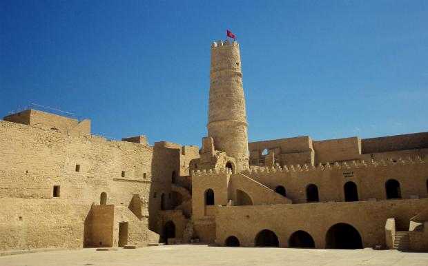 Τυνησία...η χώρα με χίλια πρόσωπα & τις πολλές αντιθέσεις!