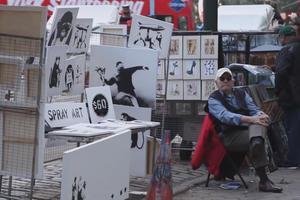 Αυθεντικά έργα του Banksy σε… πάγκο στη Νέα Υόρκη