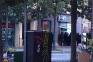 Le Parisien: Απελευθερώθηκαν δύο όμηροι