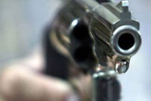 Καταδίωξη με πυροβολισμούς τη νύχτα στα Ιλίσια
