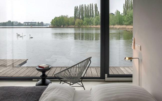 Νύχτες εν πλω στο Βερολίνο!Η ξεχωριστή επιλογή διαμονής στο Modern Houseboat!