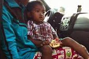 Νήπιο με «μαγικές ιδιότητες» στην Καμπότζη