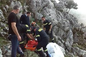 Διάσωση αιωροπτεριστή που έπεσε σε χαράδρα 200 μέτρων