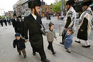Εκτός Ευρώπης βλέπουν τον μέλλον τους οι περισσότεροι Εβραίοι της Βρετανίας