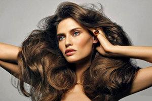 Μυστικά για έξτρα όγκο στα μαλλιά
