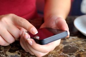 «Φρενάρει» τα κλεμμένα κινητά η Εθνική Επιτροπή Τηλεπικοινωνιών