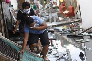 Λειτουργία για τα θύματα των Φιλιππίνων στην Πάτρα