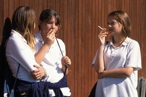 Δίνουν επιθέματα νικοτίνης σε παιδιά 12 ετών για να κόψουν το κάπνισμα