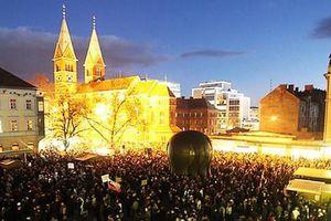 Οι «αγανακτισμένοι» της Σλοβενίας δημιουργούν κόμμα