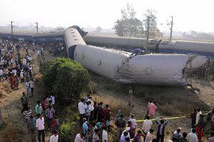 Σιδηροδρομικό δυστύχημα στην Ινδία