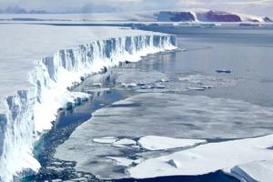 Υποβρύχιο ρομπότ θα εξερευνήσει την Ανταρκτική