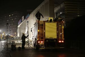 Τουλάχιστον 21 οι νεκροί, άγνωστος ο αριθμός των παγιδευμένων